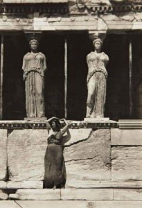 Edward Steichen, Isadora Duncan, Acropoli di Atene, 1920