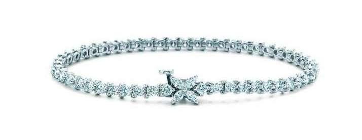 Bracciale tennis in platino e diamanti della collezione Tiffany & Co